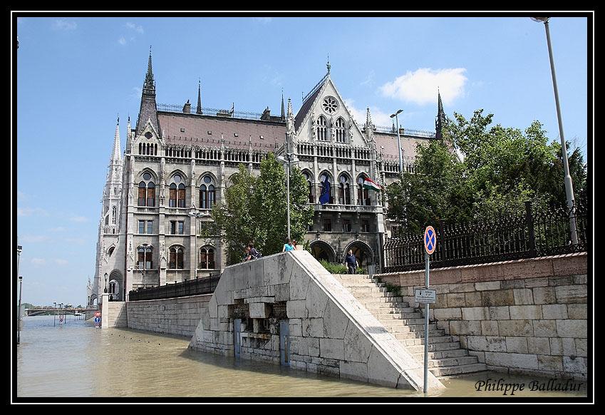 Qui l'eut cru(e) Crue_Duna_Budapest_07