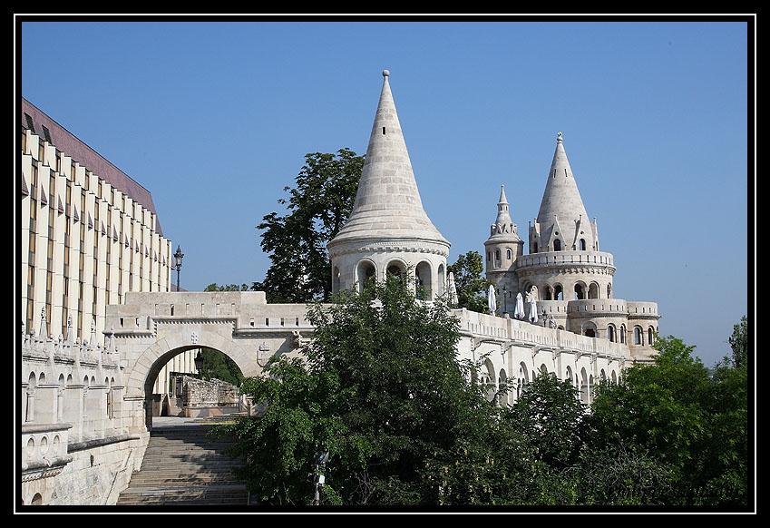 Eglise St Mathias de Budapest St_Mathias_Budapest_21